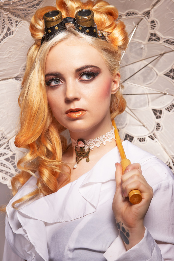 Model: Kitty S. Mortensen  MUA: Susanne Marxen